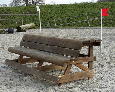 eventingequipment brede bank